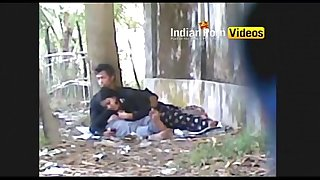 Outdoor blowjob mms of desi girls with paramour - Indian Porn Movies